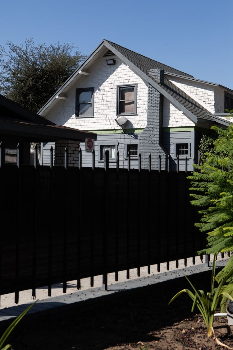 House, Production Studio, Glend - odouglas | ello