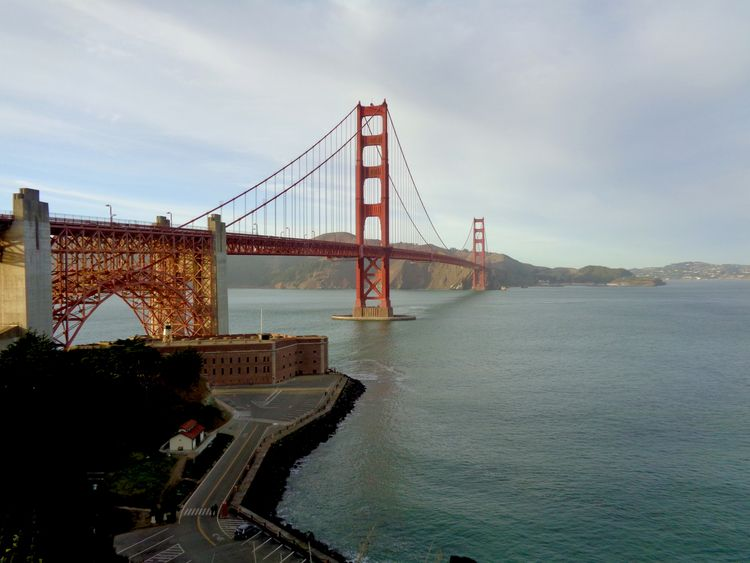 Golden Gate Bridge South East S - leenv13 | ello