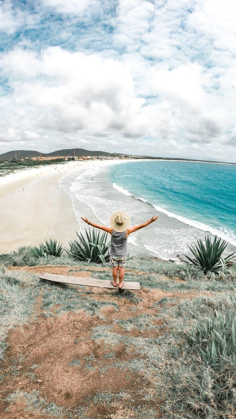 Praia Peró em Cabo Frio, RJ - beach - reidejaneiro | ello