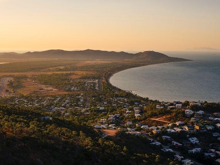 Townsville, Australia. place vi - jorishermans | ello