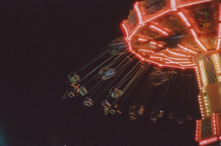 dizzy | - 35mm, kodak, film, filmphotography - willmstevenson | ello