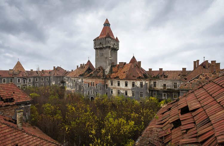 large Hungarian barracks left a - forgottenheritage | ello