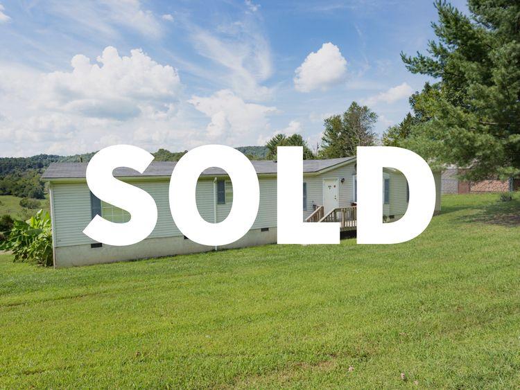 Home Sold Bristol! 4BR 1BA, ac  - daveandmia | ello