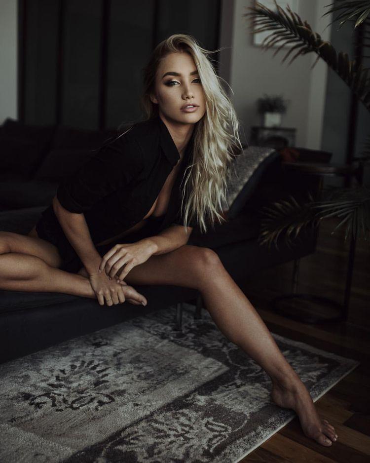 feets, hotgirl, photography, eyebrows - fusionatic   ello