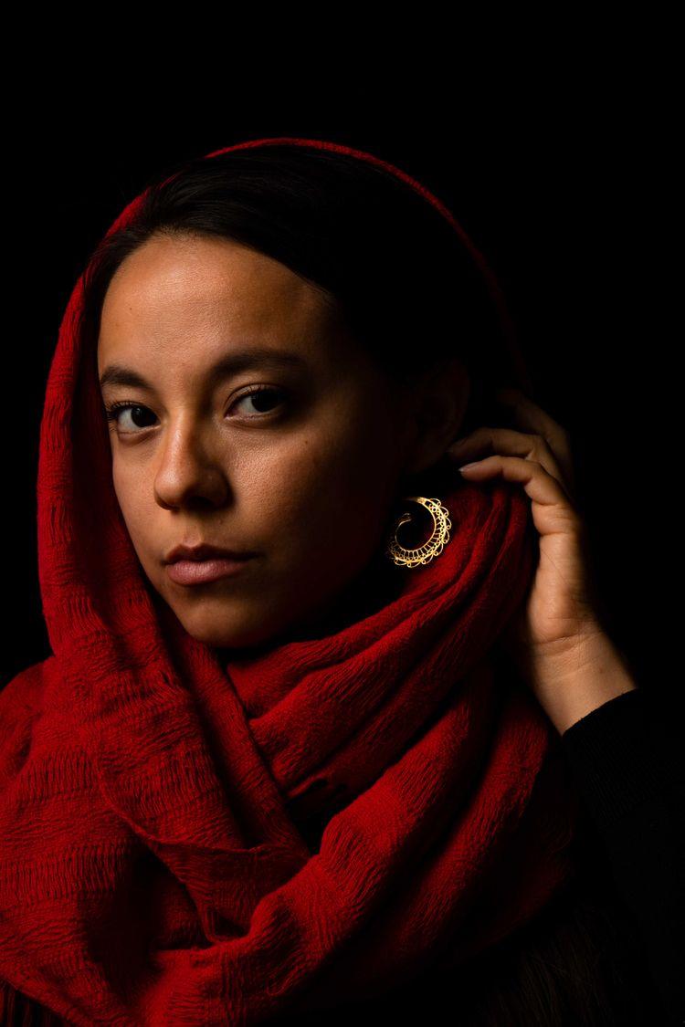 Girl earring - yiramos | ello