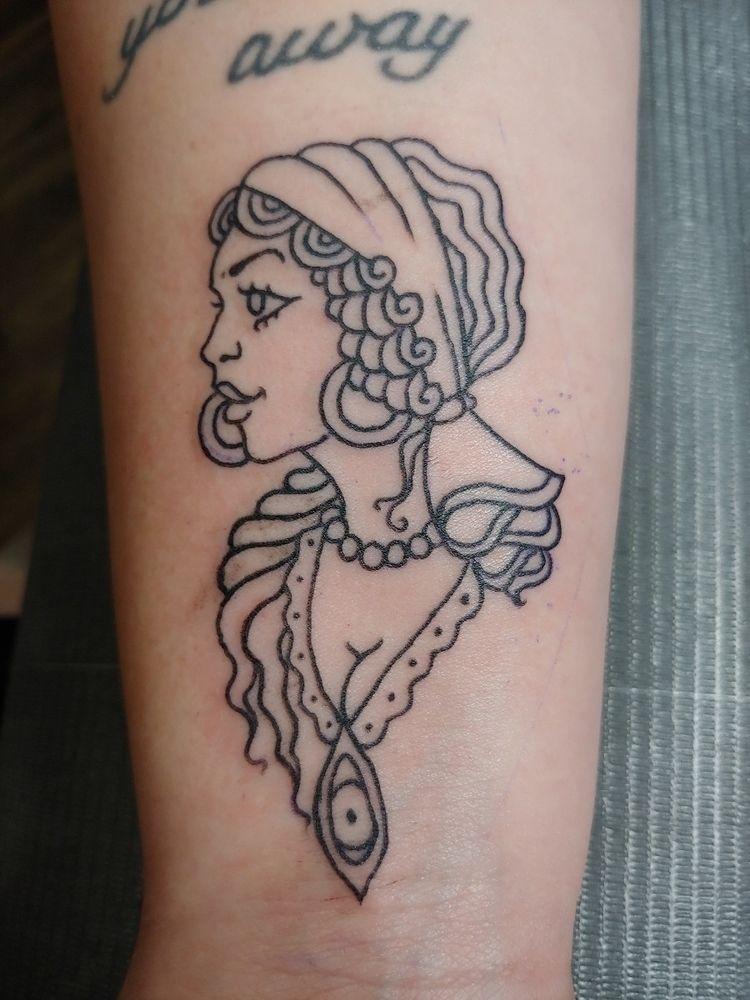 tattoo, apprenticetattoo, linework - rieru | ello