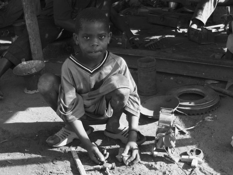 Toymaker - gambia, africa, toy, toymaker - reburton | ello