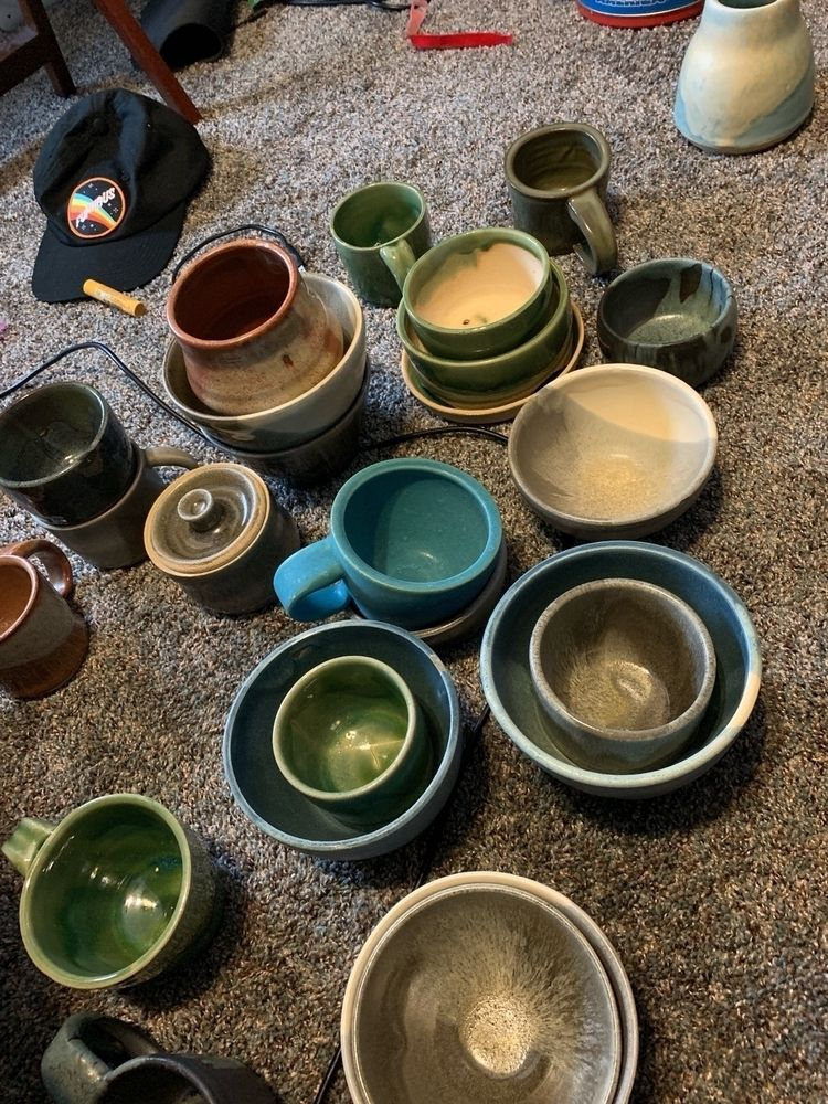 Pile ceramics sorted - pottery - randomcomicnerd   ello