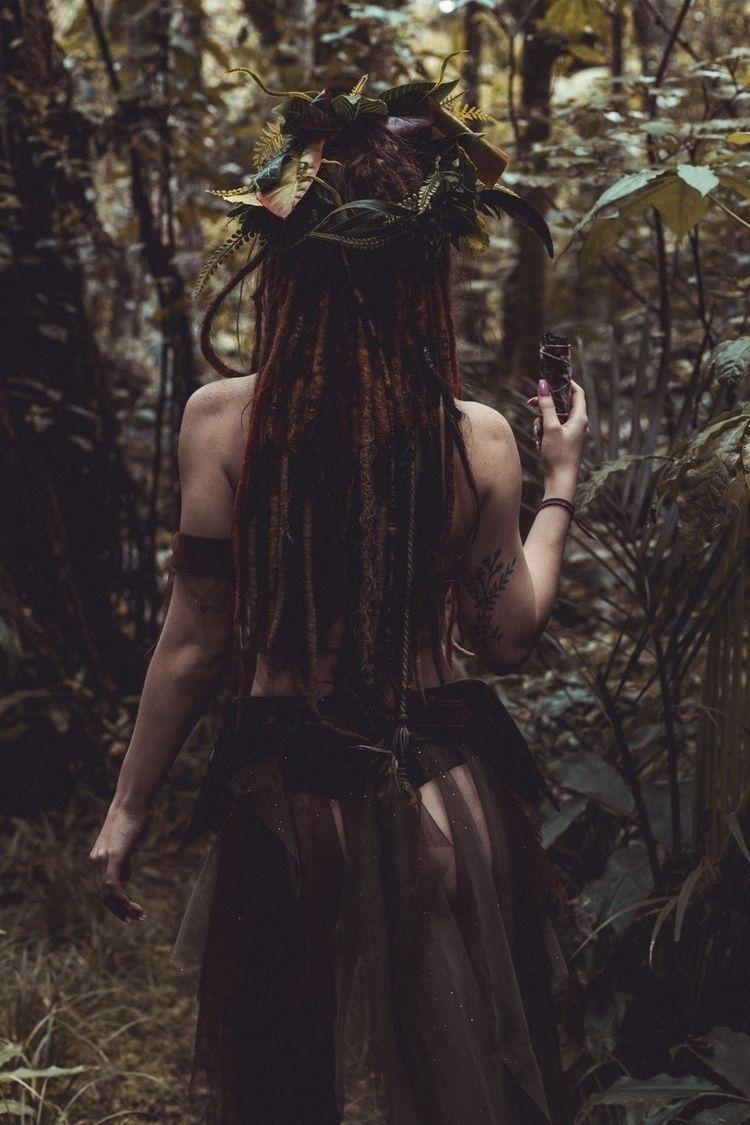Wood-Elf ft. Meadow  - fantasy, art - 10thparadigm   ello