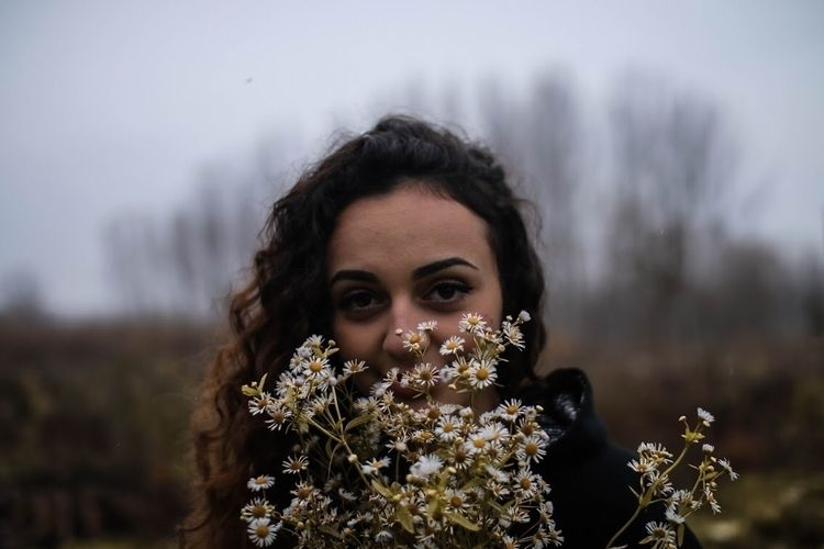 girl, love, girlmodel, flowers - gospodin_brada | ello
