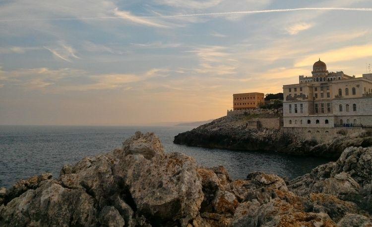 Mediterranian. Santa Cesarea Te - cherock   ello