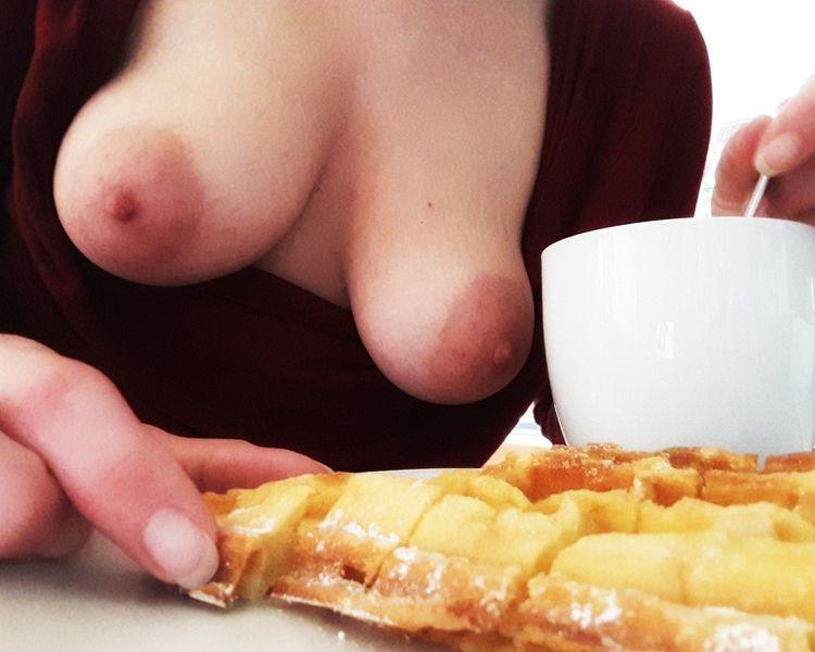 ~ Coffee Session Avec ae - nsfw - aimeefemmefatale | ello
