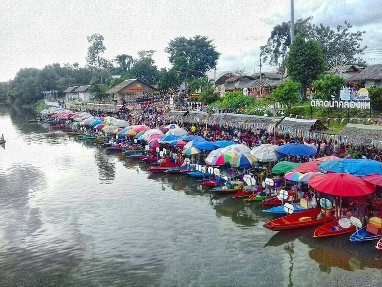 Khlong Hae Floating Market, Hat - farizal | ello