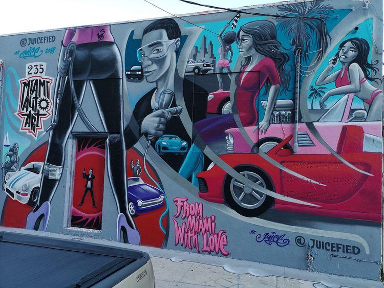 mural Wynwood street art murals - mrjuice | ello