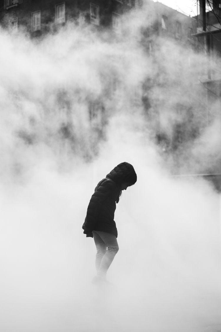 London Fog.  - london, streetphotography - mrkirby | ello