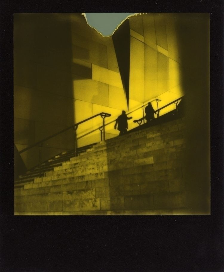 Man - PolaroidOriginals, impossibleproject - docteur_ki | ello