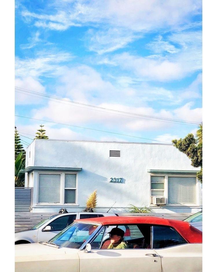 Santa Monica, 12/18/18 :copyrig - markhanauer | ello
