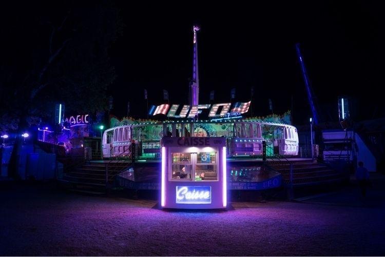funfair, amusementpark, ufo, neon - oliviermorisse | ello