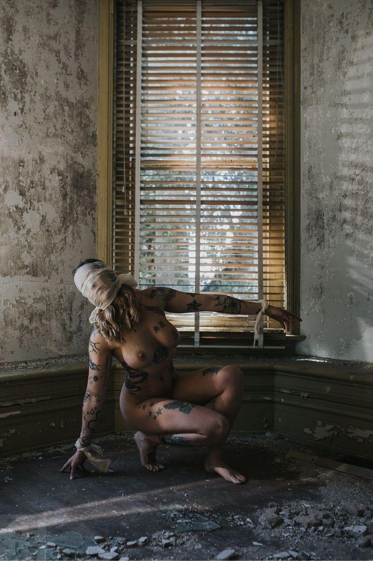 Model: Nadine - poopiephotographer | ello