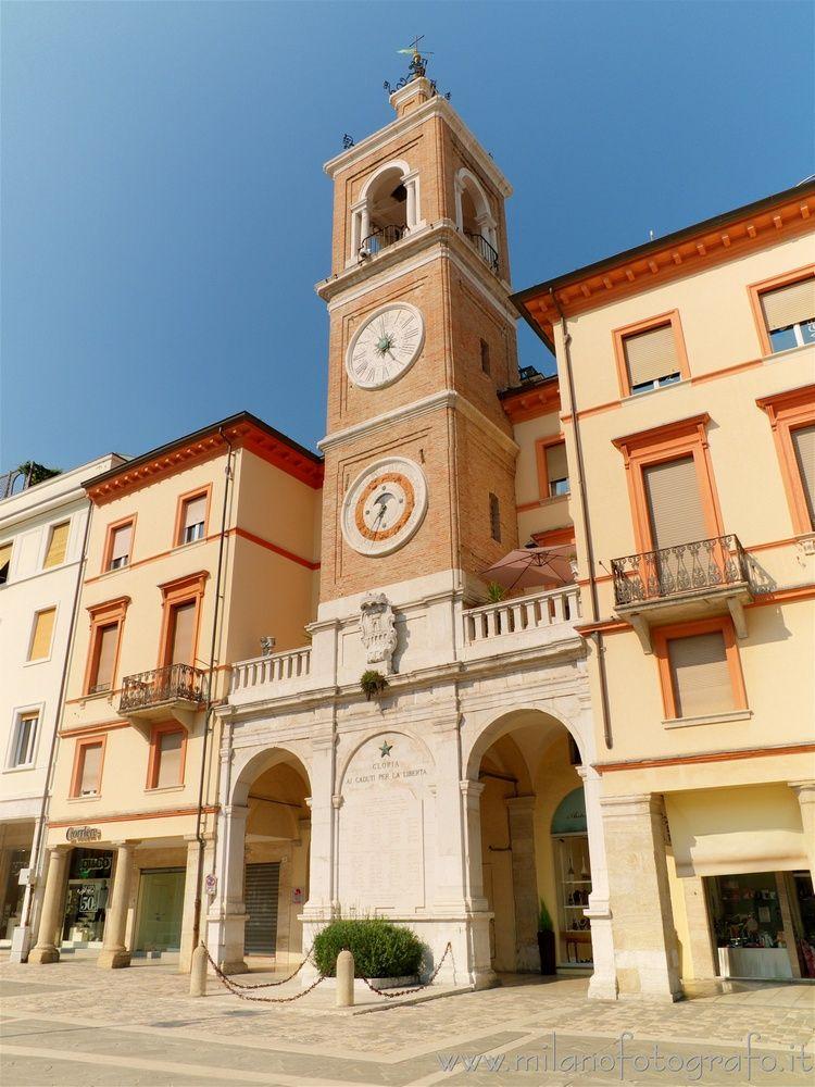 (#Italy): Fusion pictures scale - milanofotografo | ello