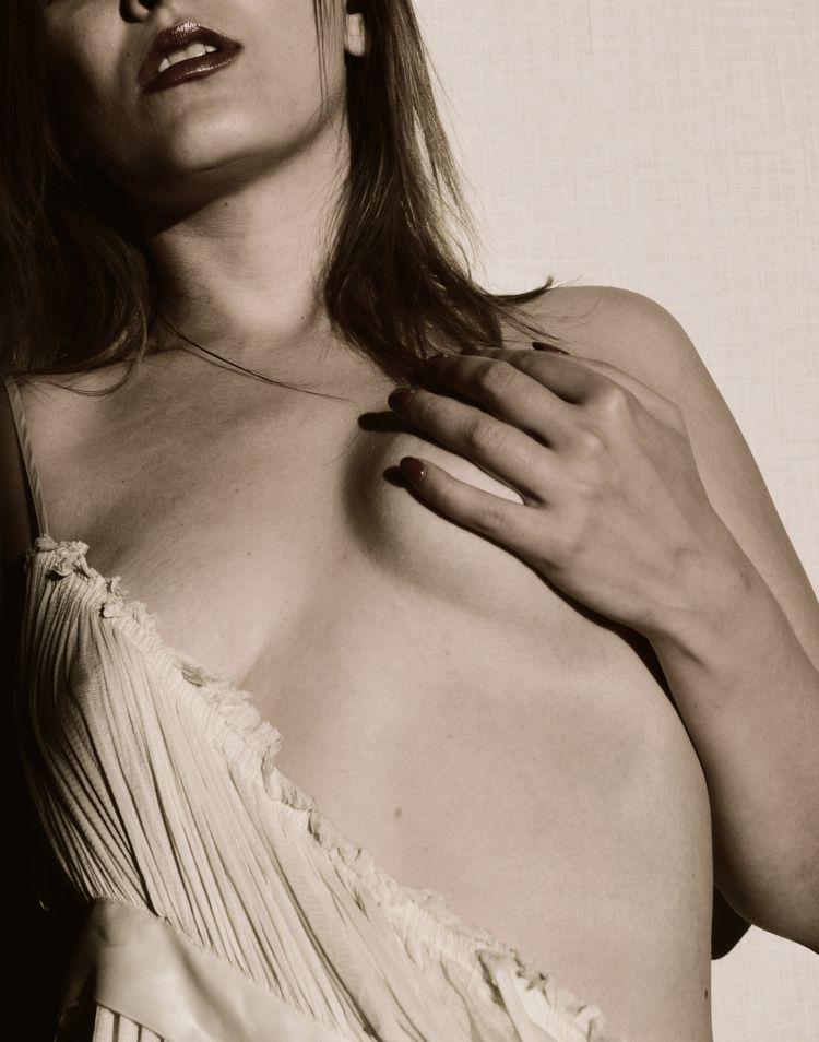 Sun - nudeart - tellmeaphoto | ello