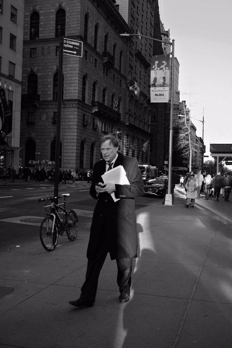 Sliver Light - streetphotography - shootnewyorkcity | ello