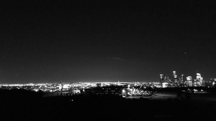 Noise | Los Angeles Black White - michaelalexisluna | ello