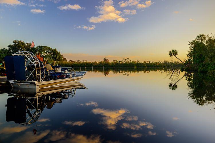 Peace River sunrise SWF - water - bryanthatcher | ello