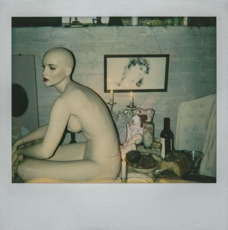 Mannequin [polaroids 1990s]@ell - s2art | ello