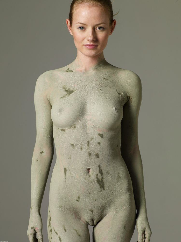 Mud covered girl - nude, pussy, boobs - marktasseman | ello