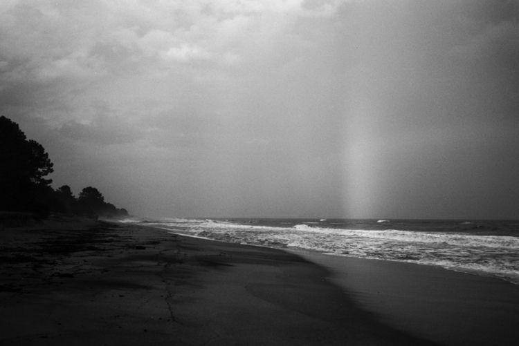 analog, beach, life, blackwhite - loyph | ello
