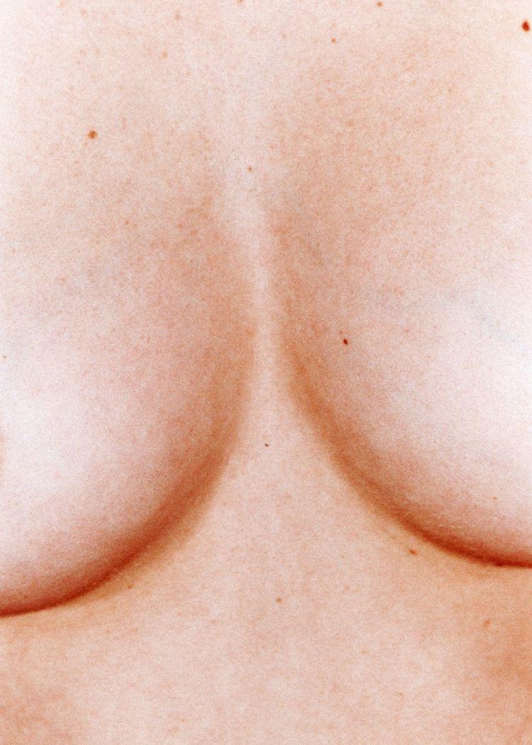 Peter Kaaden - peterkaaden, cleavage - melvinandco | ello