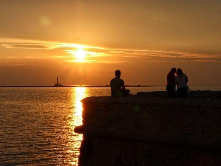 Sospeso - land, landscale, sunset - cosedipococonto | ello