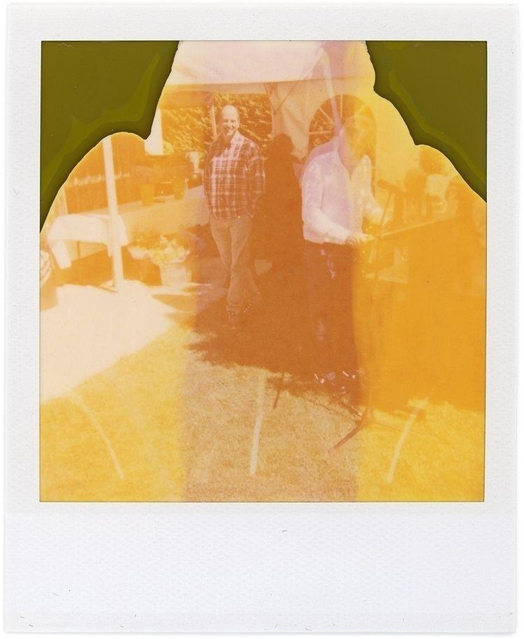 Polaroid - Abstrakte Kunst Schw - schwedenwuerfel | ello