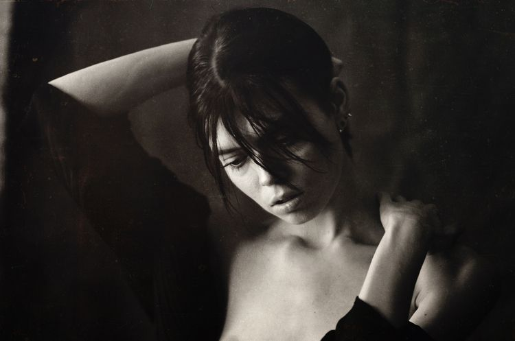 Deep monochrome - nude, girl, bw - kirillpanfilov | ello