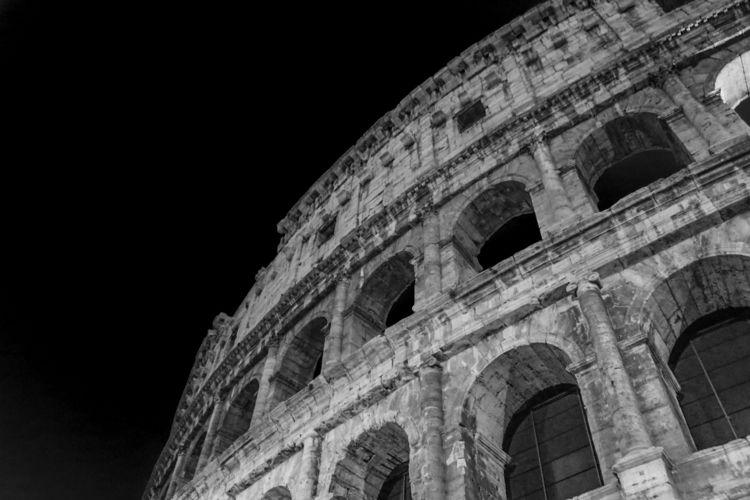 Colosseum, Italy - miata888david | ello