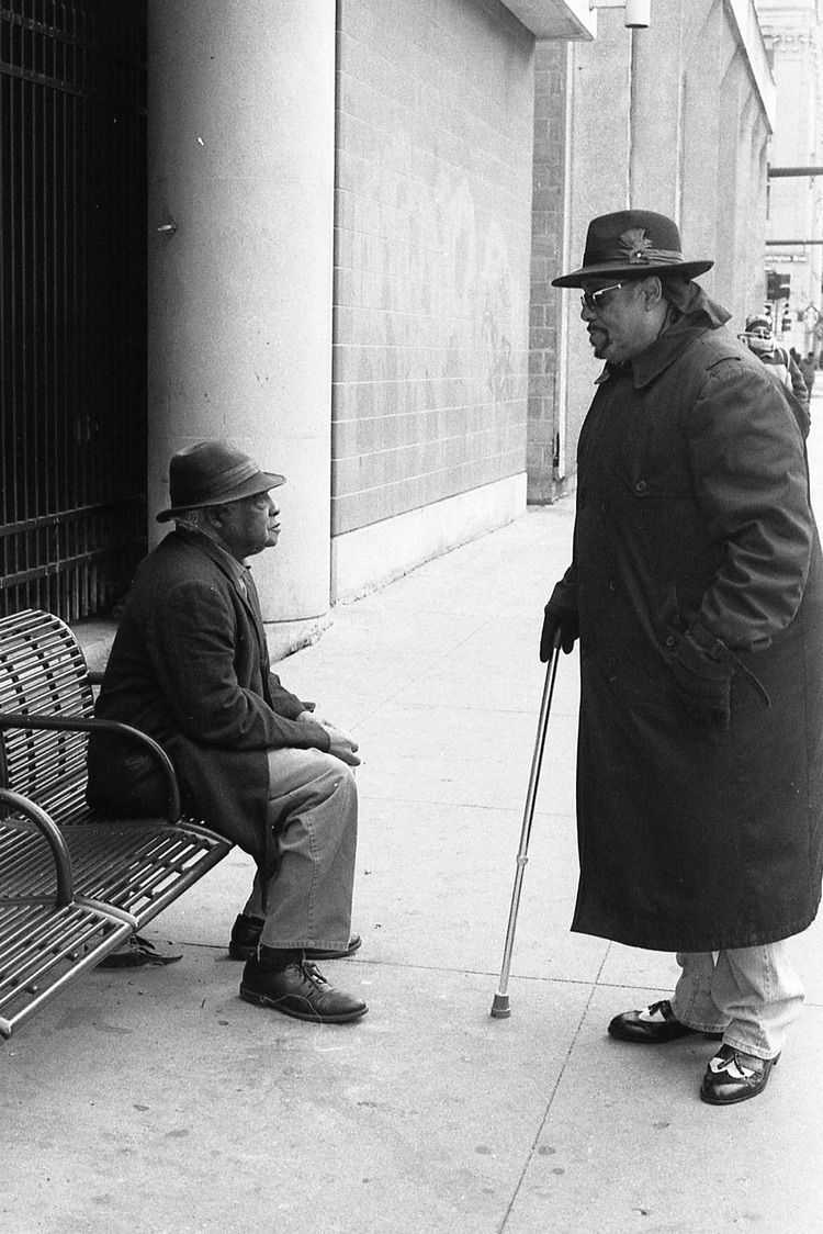 Men speaking gentle - streetphotography - jakegottman | ello