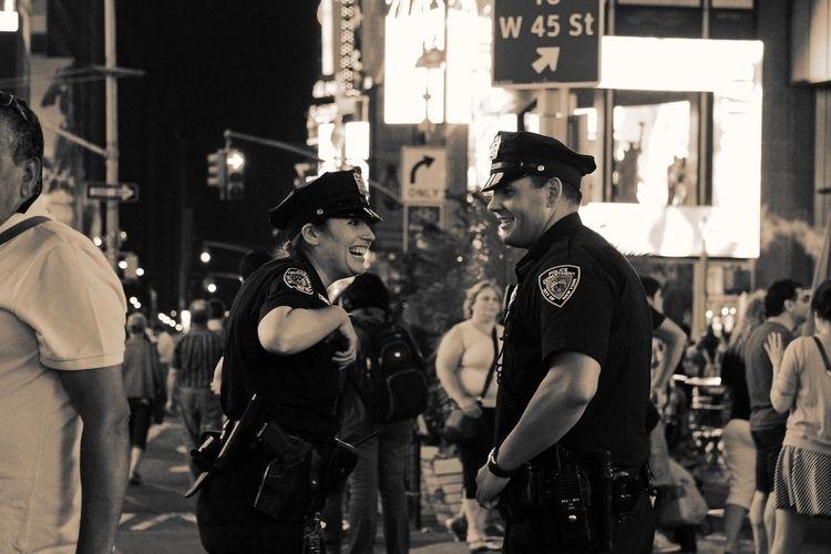 Cops Smiling Christian Ryder, 2 - christianryder   ello