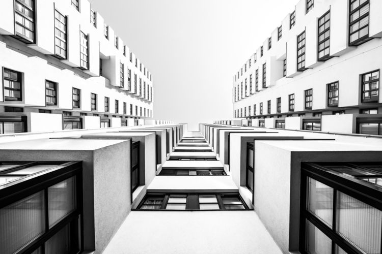 Gemeindebau - blackandwhite, architecture - origiginal | ello