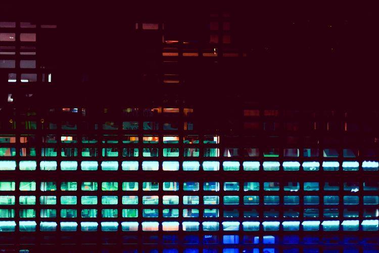 neon, grid, street, berlin, kreuzberg - permanentvisuals   ello