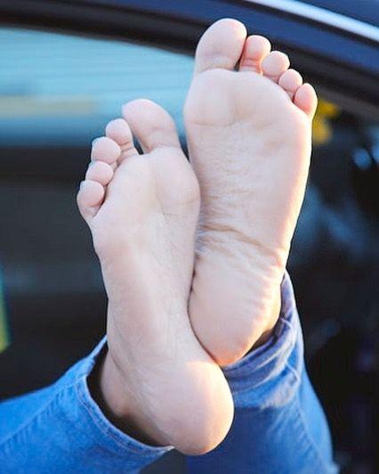 pale, feet, pov - thishrightheeer | ello
