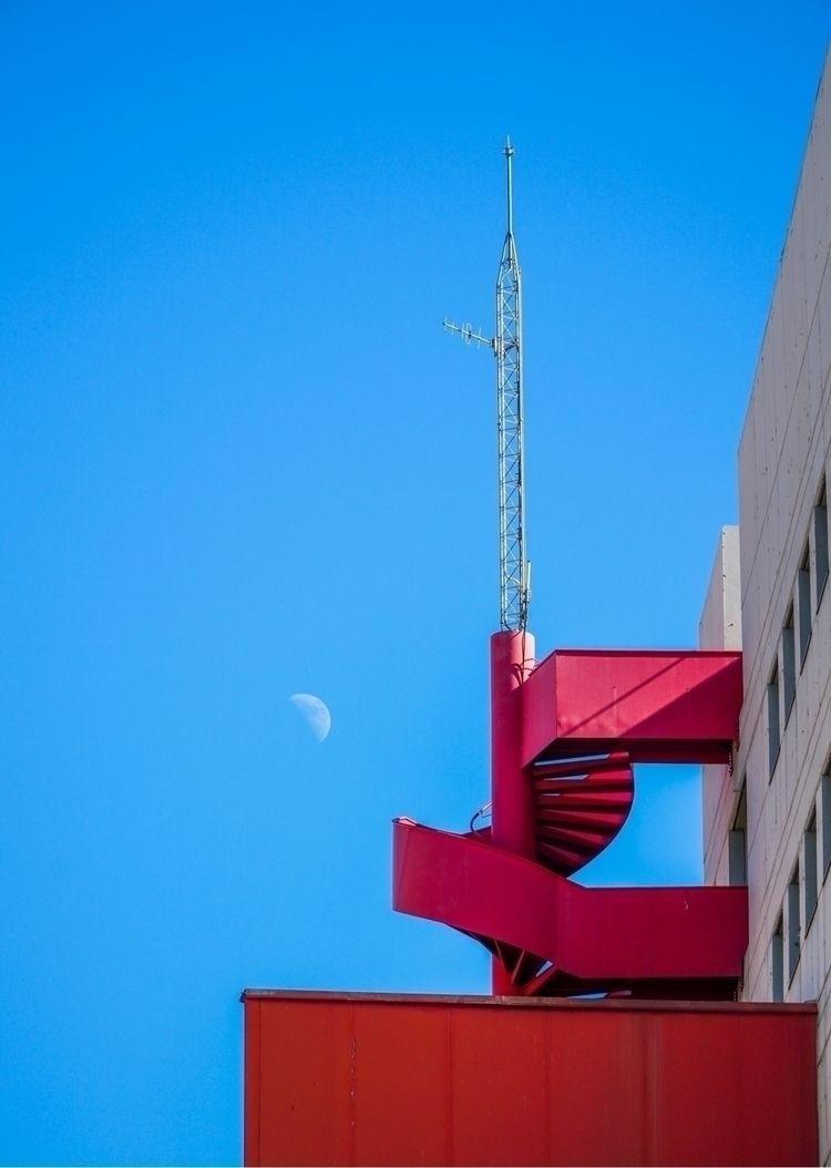 """Moonplay"" Project Description - walkervandixhorn   ello"
