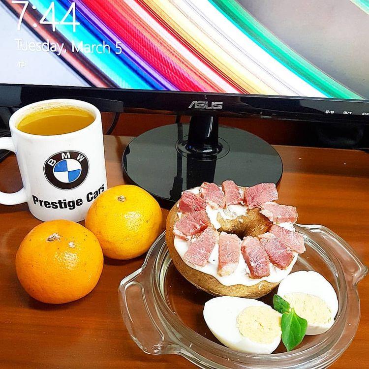 Yum. eat! Office President Phil - vicsimon   ello