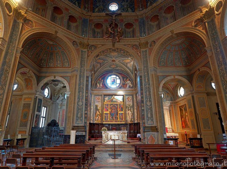 (#Milan, Interior San Magno. Fu - milanofotografo | ello