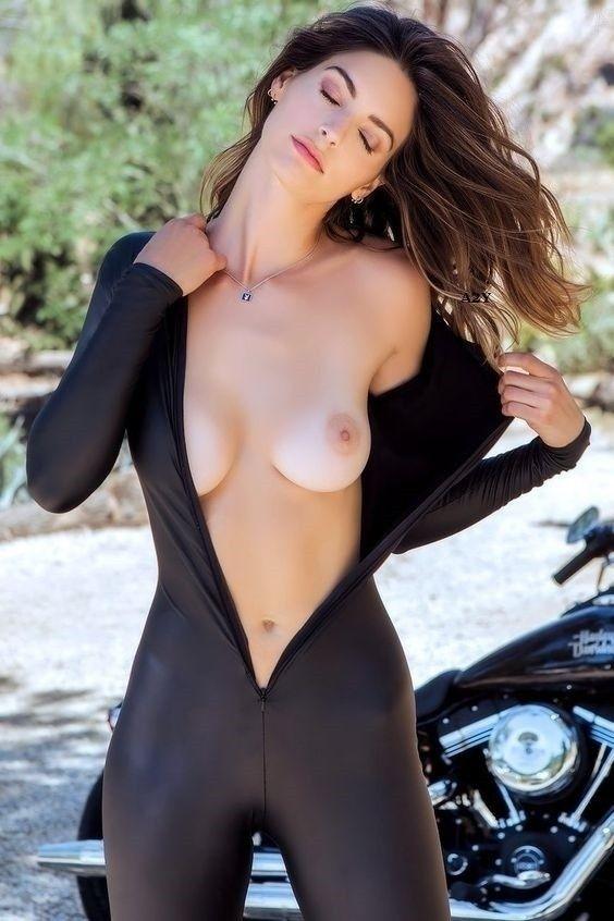 NSFW, Bare, Naked, Nude, Breast - akin2yoda | ello