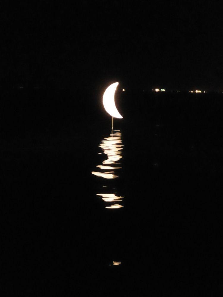 thessaloniki moon sculpture - nemoarchitects | ello