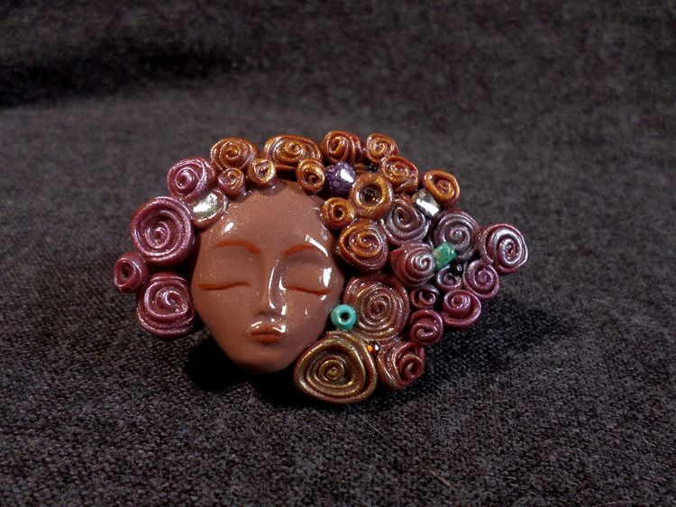 confident, woman, sculpted, brooch - abigailsmycken | ello