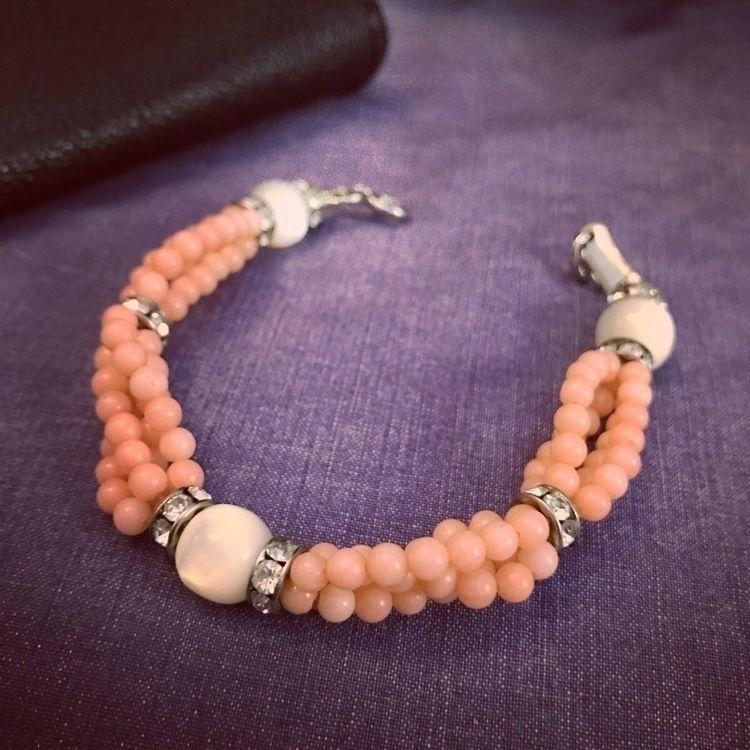 Bracelet. Vintage beads - ello, ellovintage - mariaelen | ello