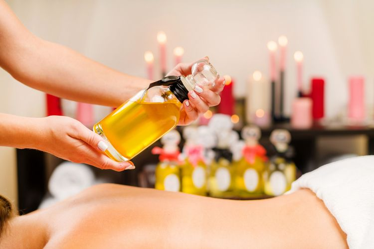 Oil Massage UAE - armoniaspa | ello