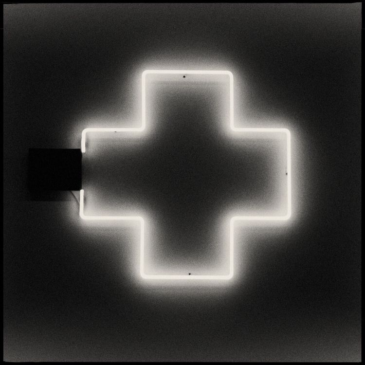 obstreperously - conceptualphotography - danhayon | ello